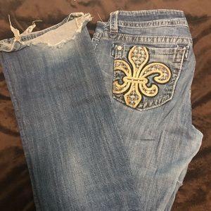 Miss Me Flor de lis Jeans 😍